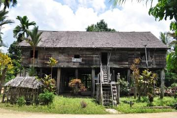 tumbang-korik-longhouse
